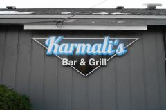 KARMALIS-BAR-GRILL